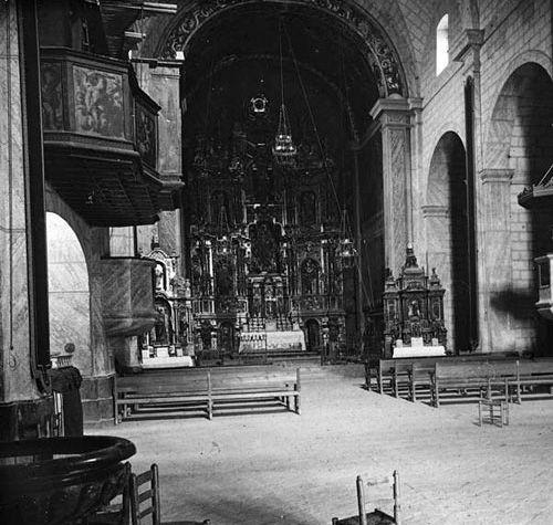 esglesia_altar1923_500px