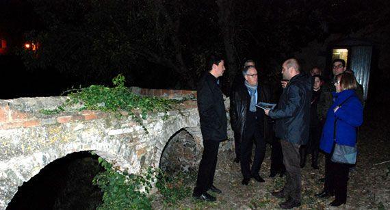 Visita a les obres de Cal Magrinyà, a Falset. Foto: diputaciodetarragona.cat