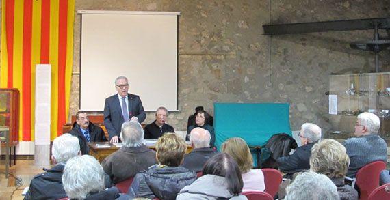 """Presentació del llibre """"Balls i danses de les comarques de Tarragona. 1 El Priorat"""" a la Torre de Fontaubella. Foto: diputaciodetarragona.cat"""