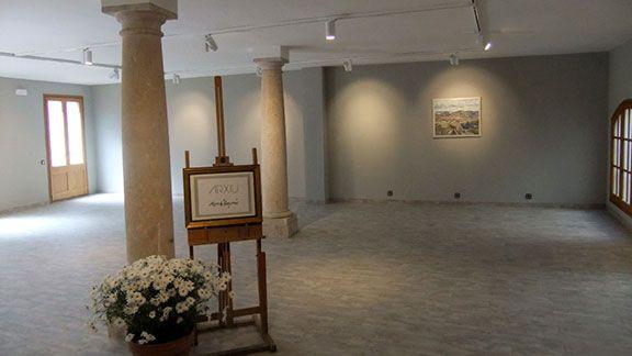 Sala on s'ubicarà l'Arxiu Morató Aragonés, a l'edifici de la Fundació Roger de Belfort. Foto: Jesús M. Tibau.