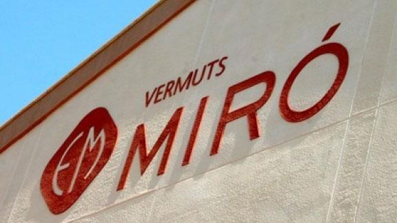 Façana de Vermuts Miró Foto: R.T. - delCamp.cat